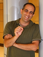 Dr. Roee Amit